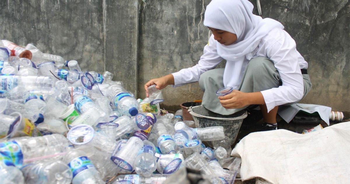 usaha daur ulang plastik