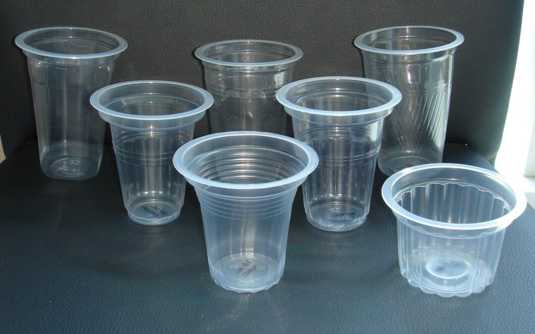 Kerajinan Dari Gelas Plastik Menjadi Kreatif
